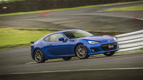 Cars With 4 Cylinders 10 best 4 cylinder cars for 2017 bestcarsfeed