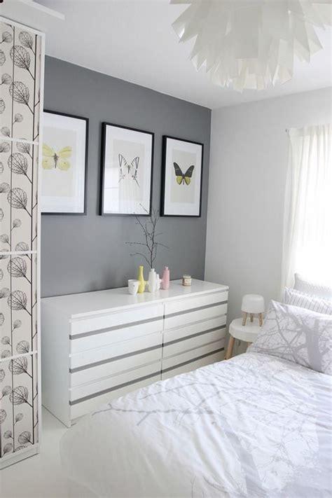 graue wand schlafzimmer graue wand im schlafzimmer bilderrahmen einrichtung graue w 228 nde bilderrahmen