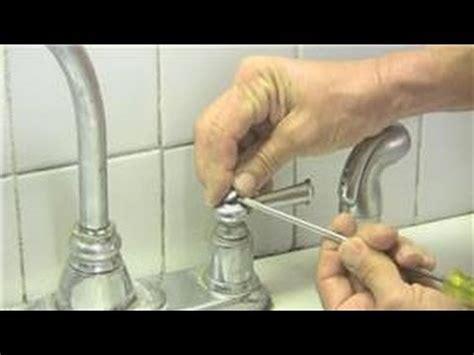 how to disconnect kitchen faucet kitchen plumbing handle kitchen faucet repair
