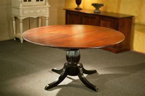 Custom Round Kitchen Tables With Black Fluted Pedestal by