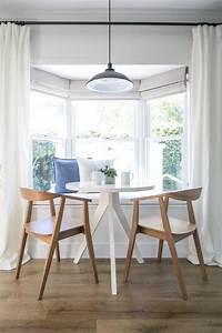 banc de cuisine contemporain en 30 idees pour le coin repas With deco cuisine avec chaises blanches bois