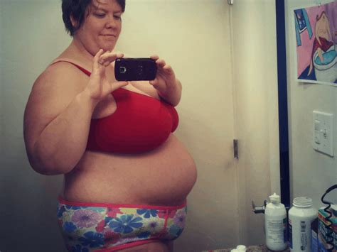 whats   belly lets talk    size birth