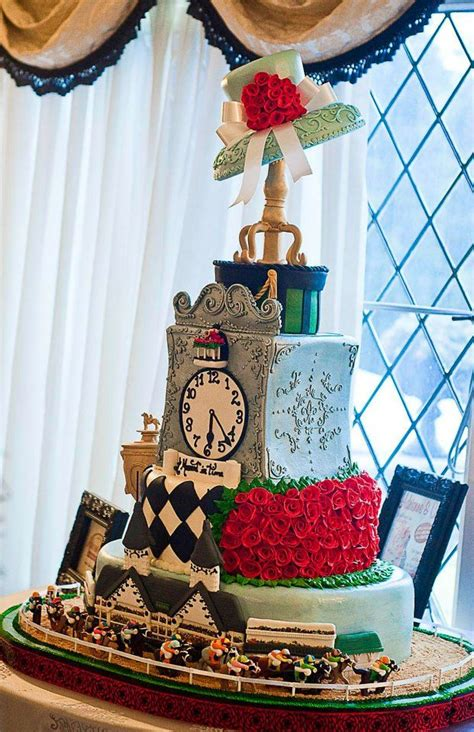 kentucky derby cake adrienne  special occasion