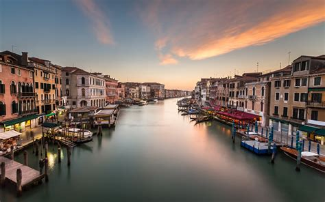 view  grand canal  rialto bridge venice italy