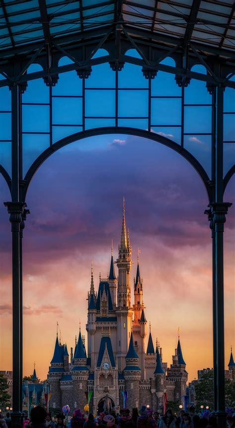 Christmas & disneyland 4 wallpapers freezewall. Free Disney iPhone Wallpapers - Disney Tourist Blog
