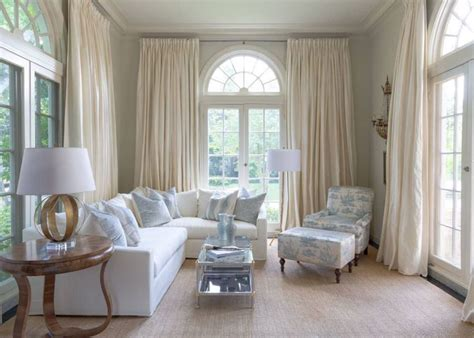 Living Room Curtain Ideas For Small Windows by Best 25 Arched Window Curtains Ideas On