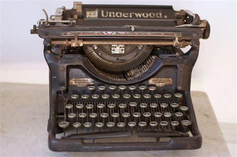 objet de decoration pour cuisine ma underwood ma vieille machine à écrire les carnets