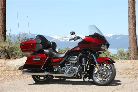Modification Harley Davidson Road Glide by 2011 Harley Davidson Cvo Road Glide Ultra Photo Gallery