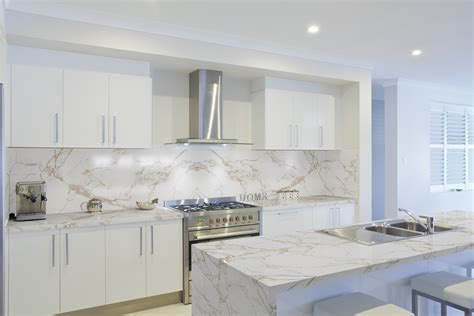 glass subway tiles for kitchen backsplash cosentino dekton by cosentino élargit sa gamme