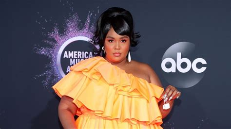 2019 American Music Awards Red Carpet Arrivals: Check Out ...