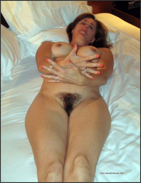 Fully Naked Mature Girlfriends With Pic 6