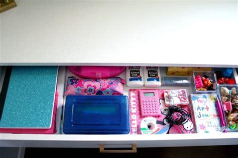 things to put on a desk dicas de organização para crianças escrivaninha