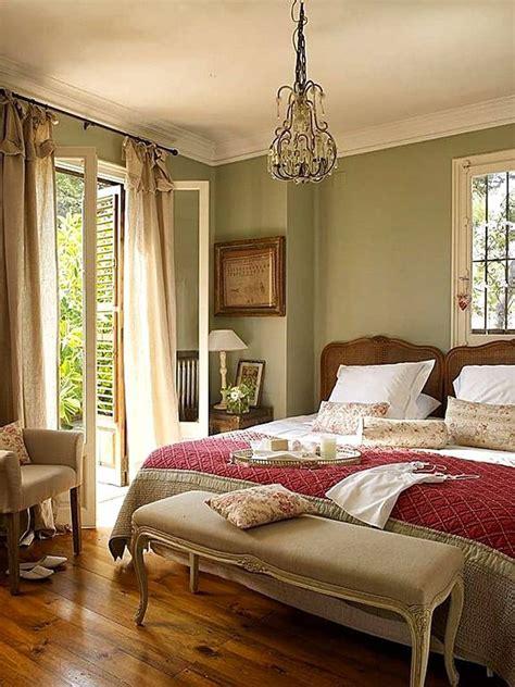 master bedrooms  hardwood floors decor outline