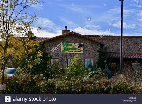 Olive Garden Restaurant Stock Photos & Olive Garden
