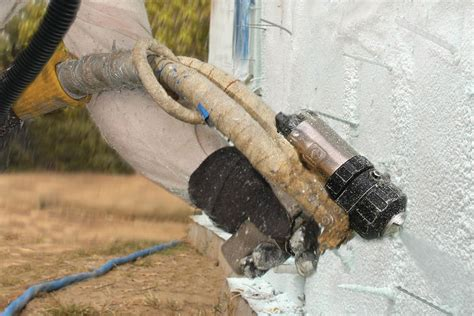 spray foam insulation open cell  closed cell remodeling