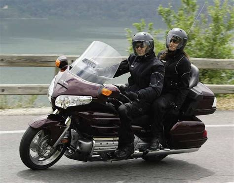 Honda Gl1800 Goldwing (2001-on) Review