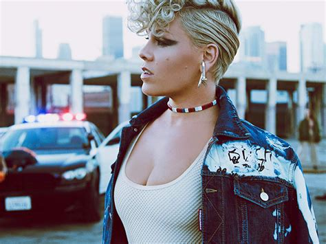 P!nk Bei Amazon Music