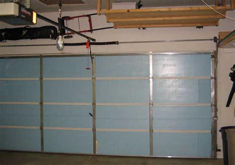 purpose  reinforcement struts serve  bar garage doors