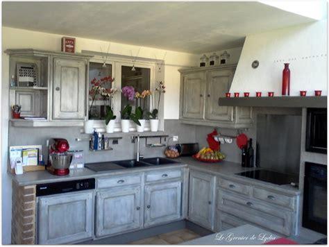 relooker une cuisine en chene massif relooker une cuisine rustique en chêne le bois chez vous