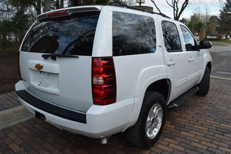 sell   chevrolet tahoe wd   brutus michigan