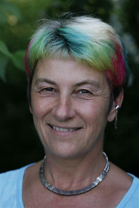 Susan Blackmore Memes - the meme machine revisited an interview with susan blackmore n e u r o n a r r a t i v e