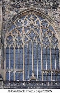Gotische Fenster Konstruktion : stock bilder von fenster gotische gotische fenster ~ Lizthompson.info Haus und Dekorationen