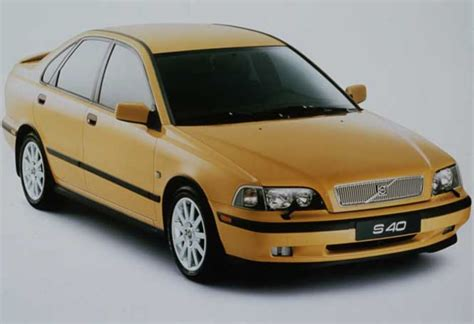 Volvo S20 by Used Volvo S40 V40 Review 1997 2000 Carsguide