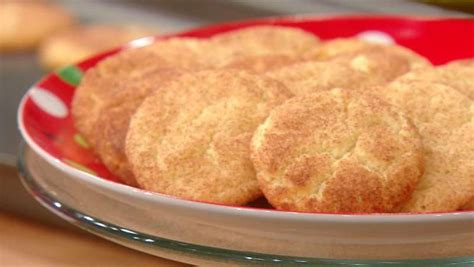 Trisha yearwood's pineapple iced tea is the drink of summer. Trisha Yearwood's Snickerdoodle Cookies | Trish yearwood ...