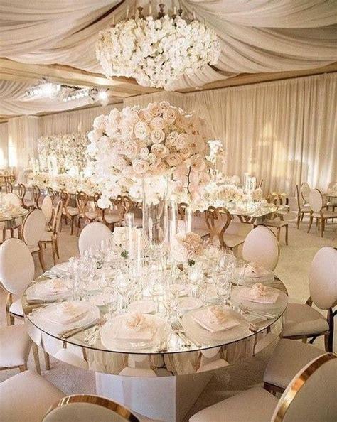 Gold wedding reception 30 Luxury and Elegant Gold