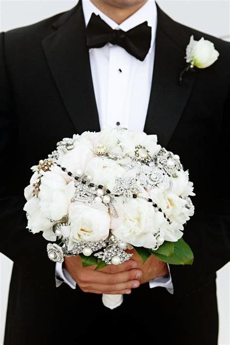Black And White Wedding Wedding Flower And Bouquet