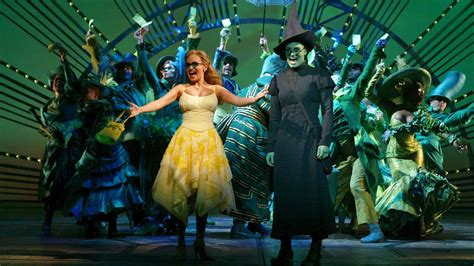 wicked concert hosted  menzel  chenoweth  air