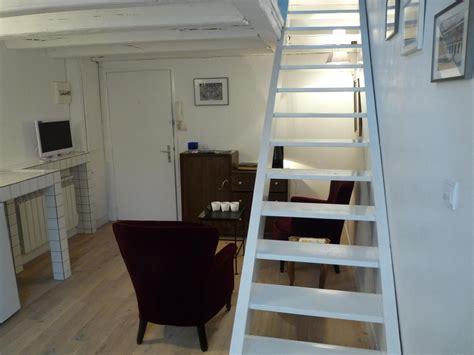 escalier pour petit espace escalier petit espace amenager un petit espace rangement et deco sous escalier u