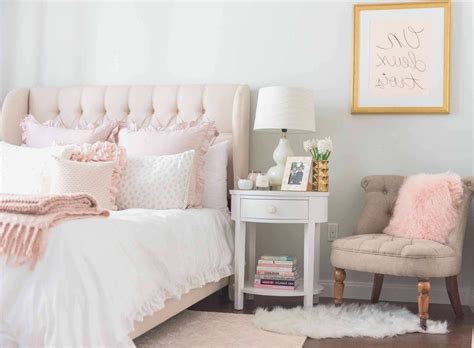 pink and white wallpaper for a bedroom the most awesome and attractive light pink and 21139