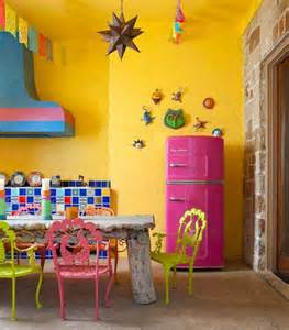 57 bright and colorful kitchen design ideas digsdigs - Bright Bathroom Ideas