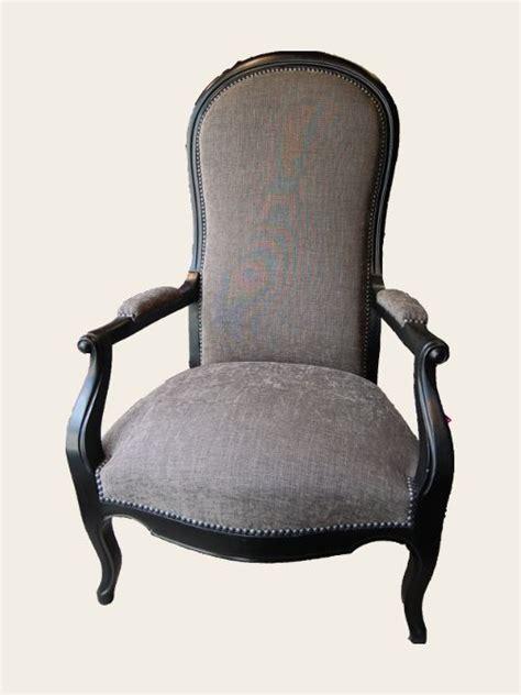 chaise voltaire simon jégou artisan tapissier à nantes voltaire dans un