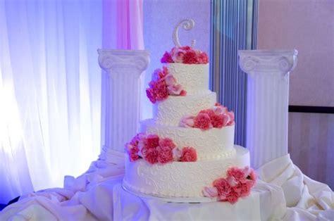 Amazing Pink Wedding Cakes