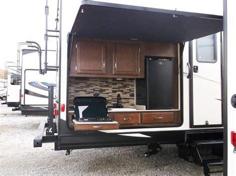 cer trailer kitchen designs sport trek 320vik travel trailer with bunks and outside 5094