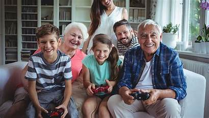Playing Games Gaming Families Familie Zu Play