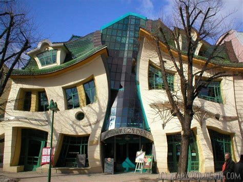 Crooked House by Bytes Crooked Houses