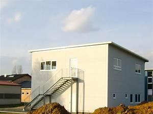 Hallenbau Mit Wohnung : werkstatt mit wohnung 03 planen und bauen hallenbau werkhallen ~ Frokenaadalensverden.com Haus und Dekorationen