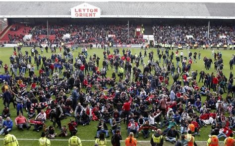 video leyton orient  colchester united abandoned