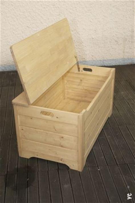 coffre pour ranger le bois de chauffage maison design sibfa
