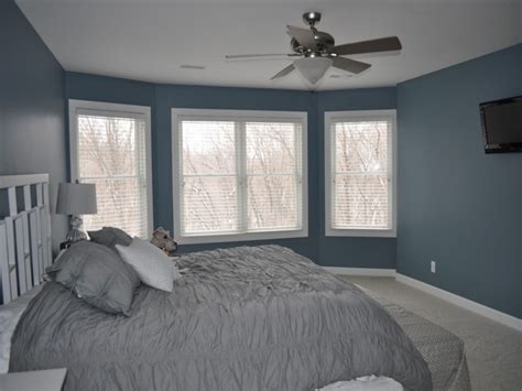 blue gray bedroom blue gray bedroom walls yellow walls