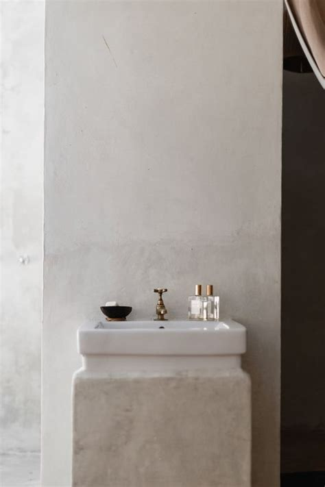 Spruce Up Bathroom On A Budget by 5 Tricks To Spruce Up Your Bathroom On A Budget L