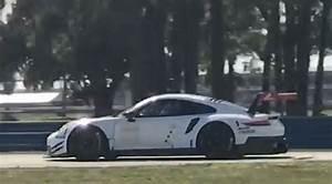 Porsche 911 Rsr 2017 : video 2017 gte gtlm porsche 911 rsr testing at sebring ~ Maxctalentgroup.com Avis de Voitures