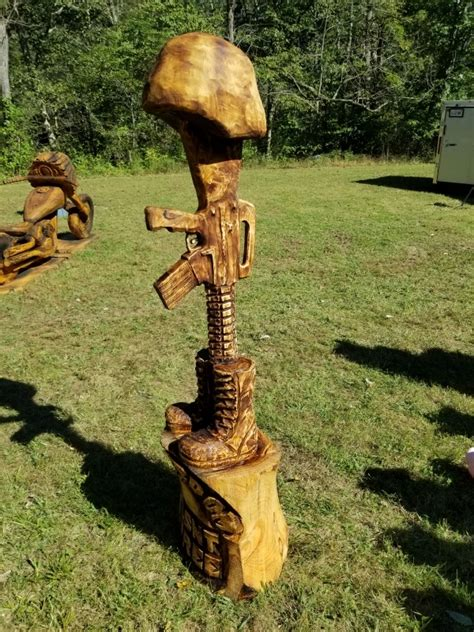 christmans chainsaw carvings