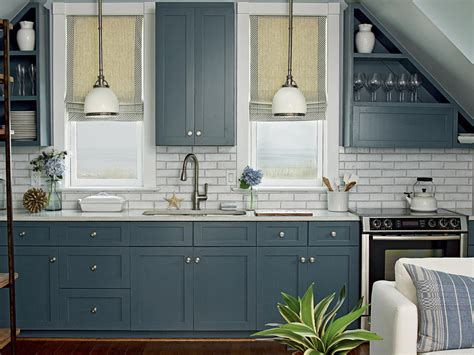 The Trendiest Kitchen Colors For 2019 Are Definitely Not