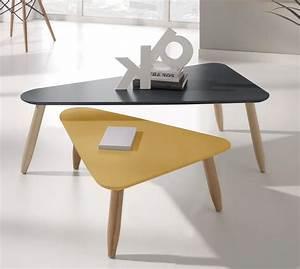 Table D Appoint Gigogne : table basse gigogne triangulaire laqu e gris et moutarde egon ~ Teatrodelosmanantiales.com Idées de Décoration