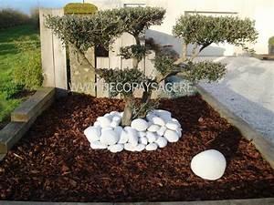 Déco Massif Avec Galets : d coration jardin ecorce ~ Dailycaller-alerts.com Idées de Décoration