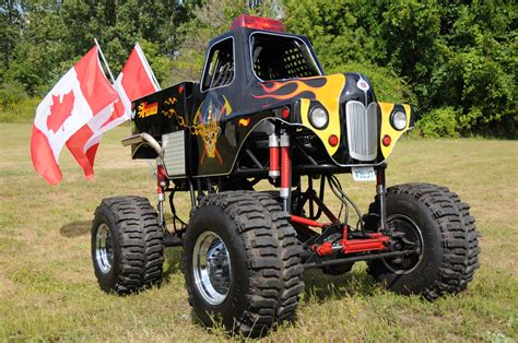 monster trucks trucks for file monster truck 032 jpg wikimedia commons